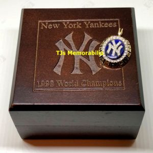 1998 NEW YORK NY YANKEES WORLD SERIES CHAMPIONSHIP RING TOP PENDANT & PRESENTATION BOX