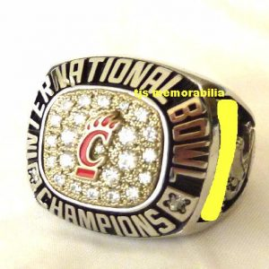 2007 CINCINNATI BEARCATS INTERNATIONAL BOWL CHAMPIONSHIP RING
